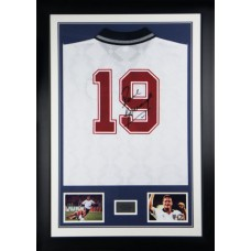 Paul Gascoigne Signed & Framed England 'Italia 90' Shirt